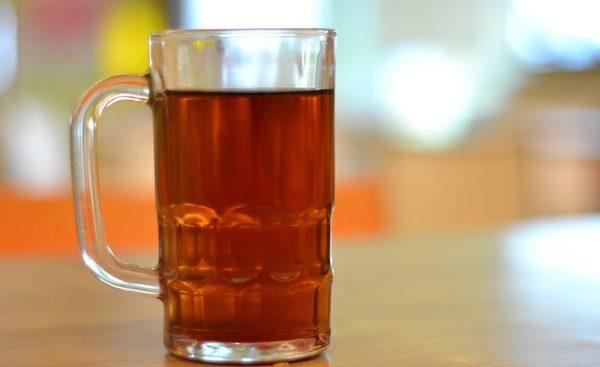 夏だけじゃもったいない!麦茶の美肌効果、7つの効能