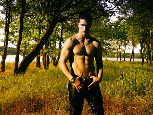 三角筋の筋トレで短期間に男らしさを手に入れる7つの方法