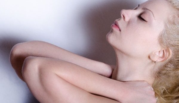 痛めず正しい首の筋トレをする為の7つの種目とポイント