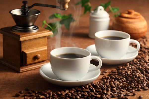 コーヒーが便秘の原因にも。上手に楽しむ為の7つの注意点