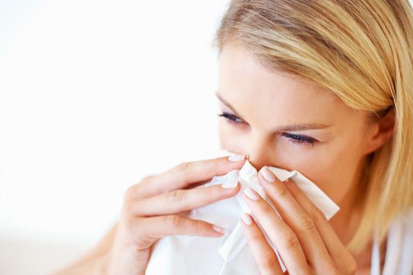 顔のかゆみを症状別に治す、家庭でできる7つの改善策